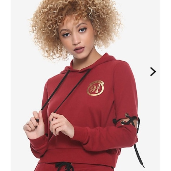 Hot Topic Jackets & Blazers - Harry Potter cropped hoodie